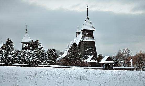 Kościół w Palowicach zimą, fot. Łukasz Malcharek